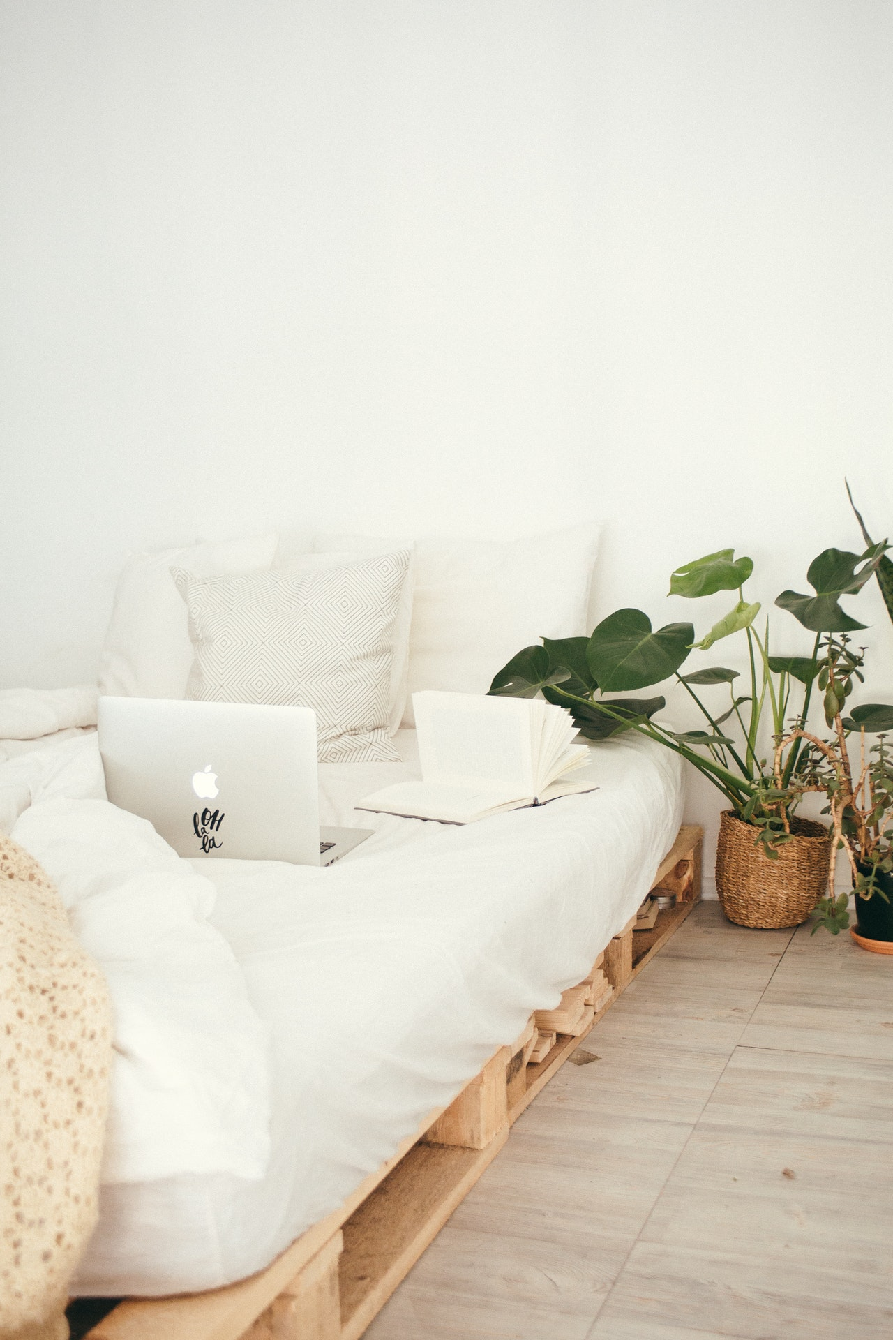 4 Space Saving Hacks For Small Bedrooms. ~ Gemma Louise